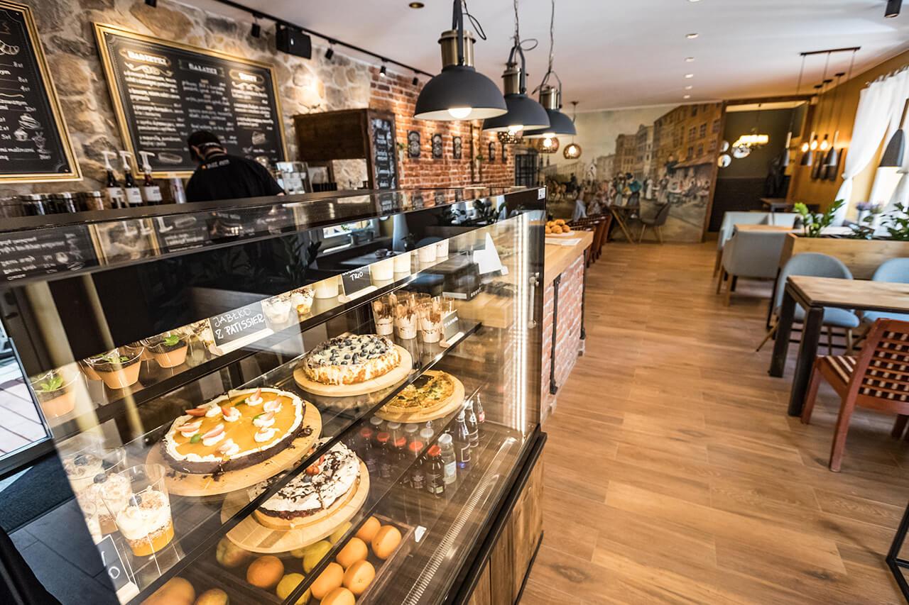 Wnętrze kawiarni San Sebastian