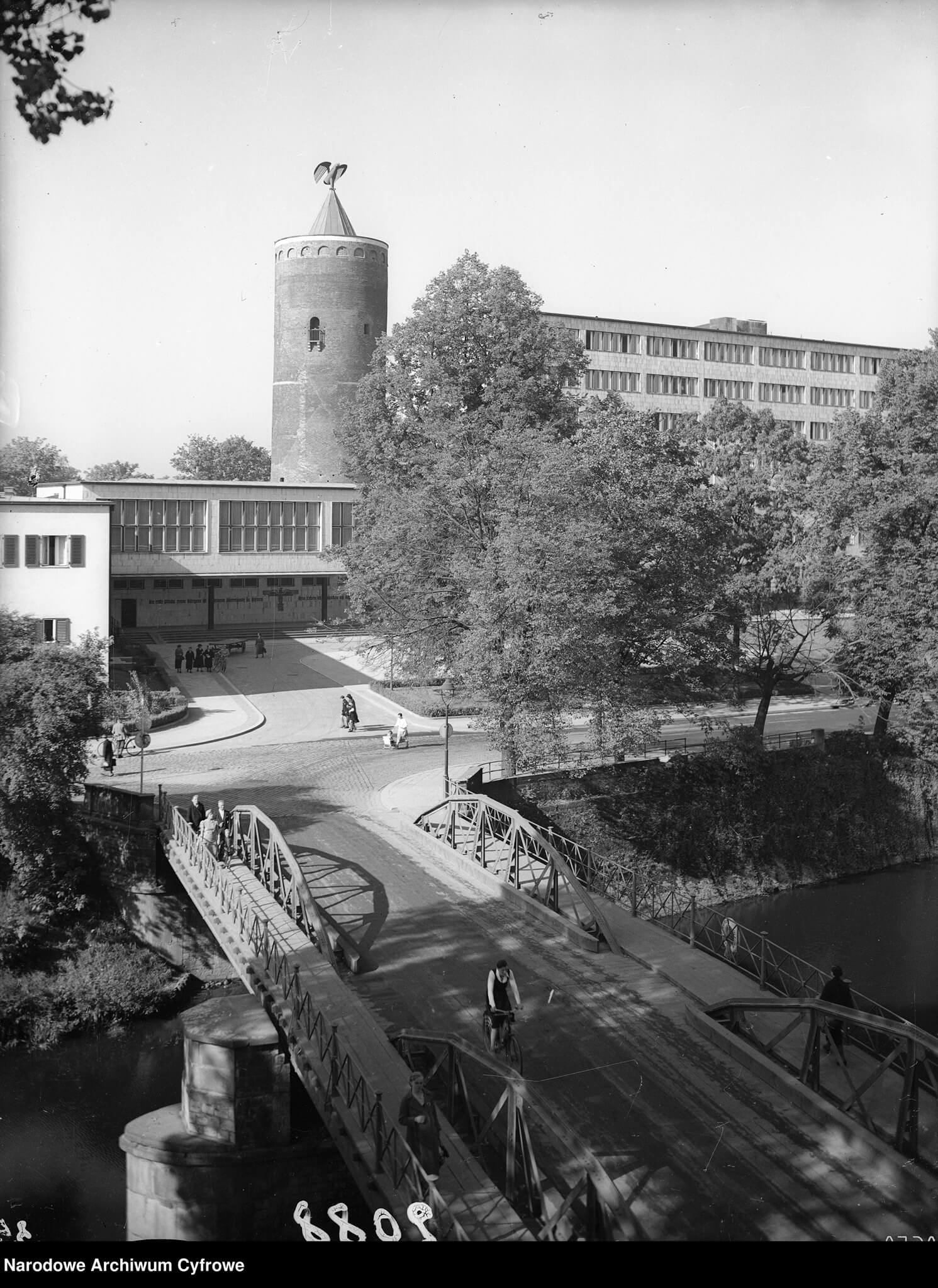 Wieża_Piastowska