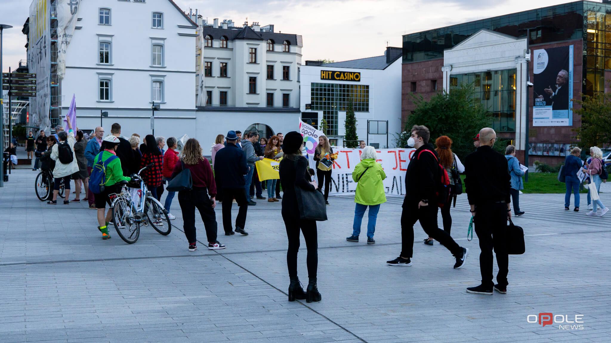 protest_uchodzcy_w_Opolu